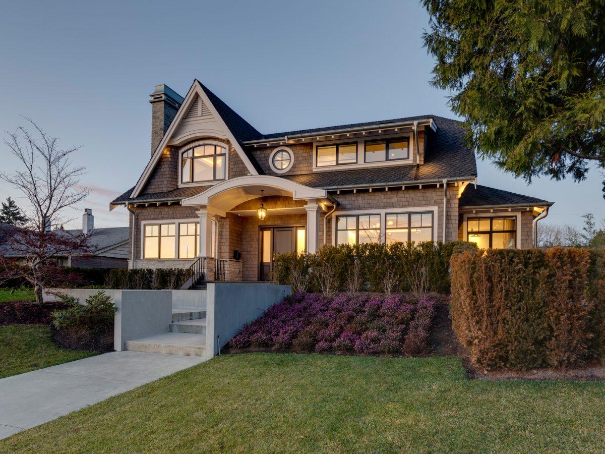 Tavan Luxury Homes Vancouver - 01